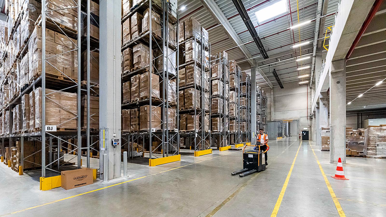 warehouse sfeer